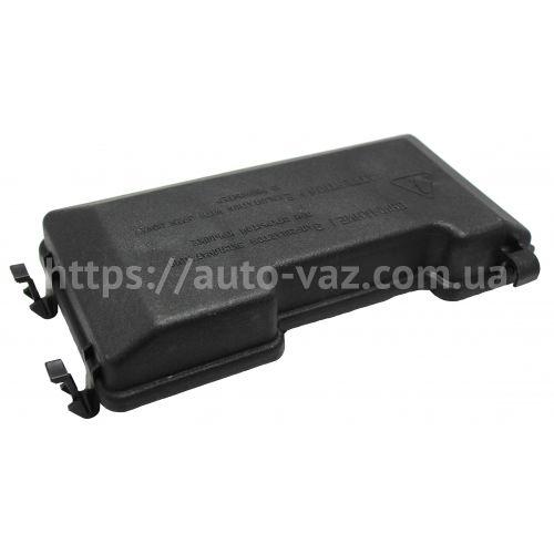 Крышка блока предохранителей и реле ВАЗ-2115