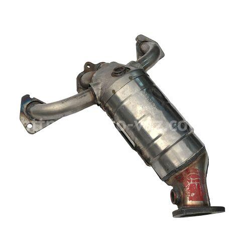 Коллектор катализатор ВАЗ-2110 8-ми клапанный